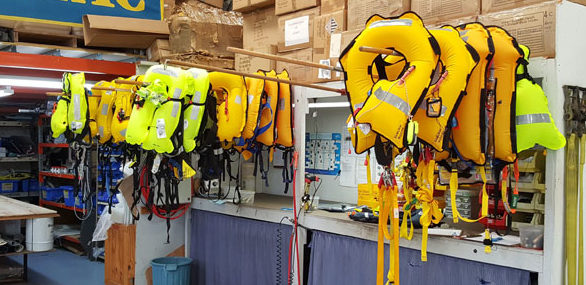 Inflatable lifejackets on test