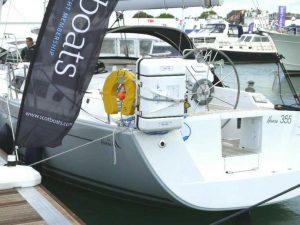 Ocean ISO liferaft rail mounting