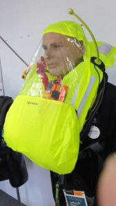 Spinlock 6D lifejacket sprayhood